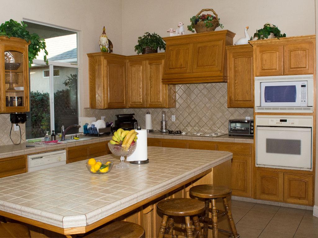 Apricot Mornings Residential Living | Lester Ave Location